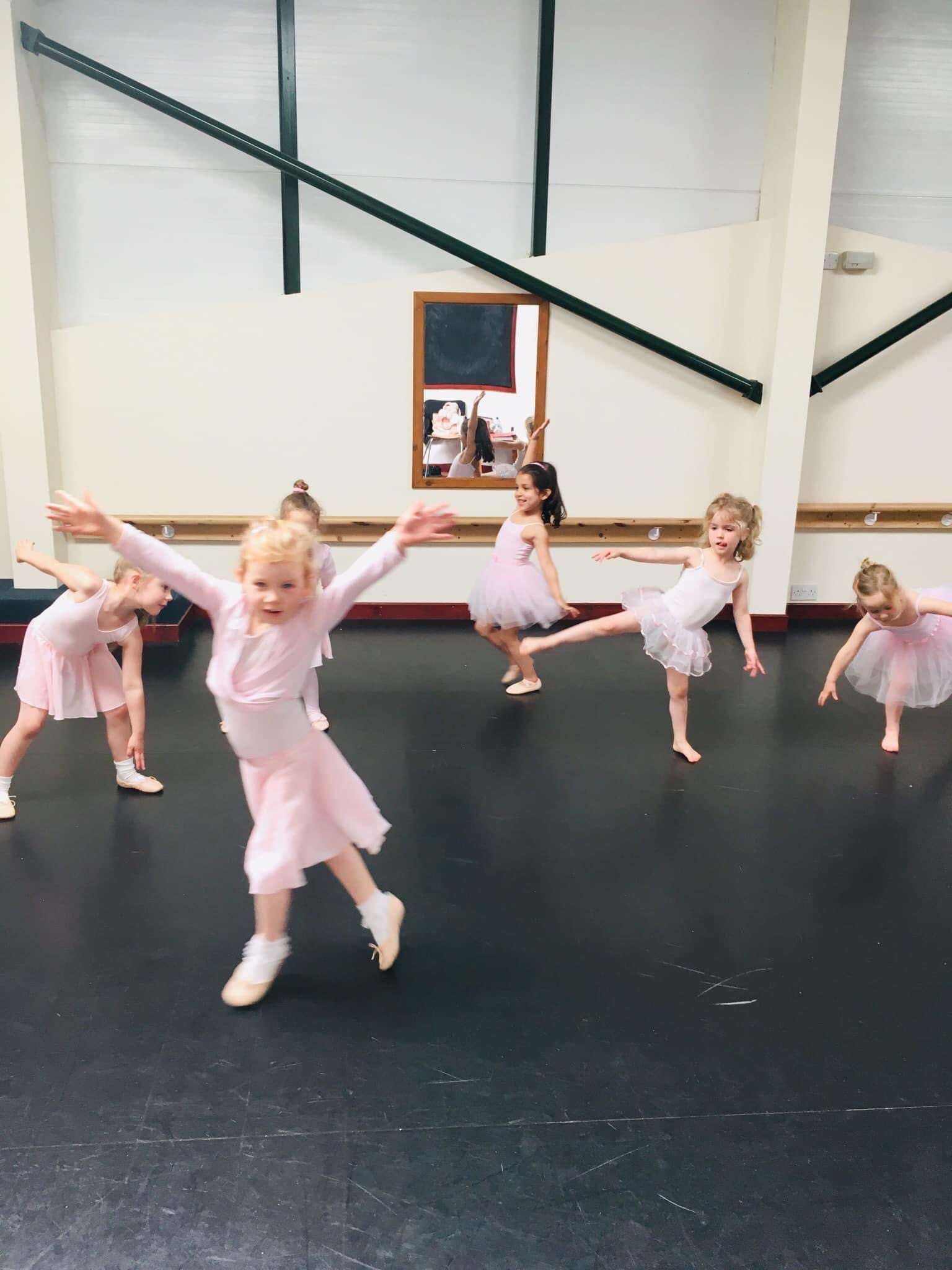 ballet class dancing